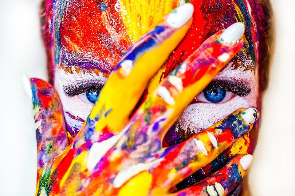 paint-2985569_1920-960x640.jpg